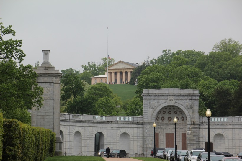 Gate to the Cemetery and the Robert E Lee house up on the hill.